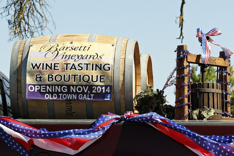 Barsetti Vineyards in 4th July Parade Galt Ca